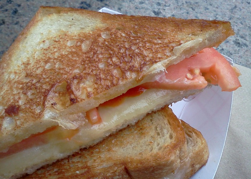 Roxy's-Grilled-Cheese-Truck